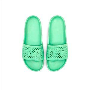 NWOT Hunter Women's Slides - Moulded Green